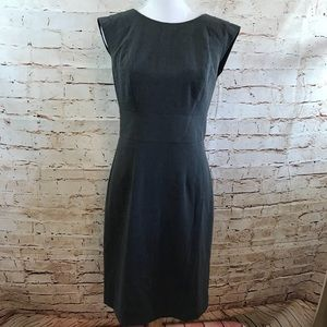 The Limited Gray Dress, Size 6 😊